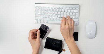 Qué es y cómo aprovechar el Dropshipping para mejorar tu e-Commerce - dropshipping 444x230