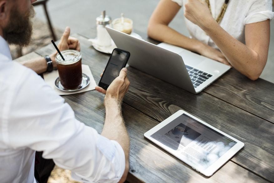 5 sectores que han sufrido la transformación de negocios por Internet