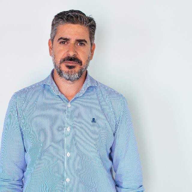 """""""No quiero perder el vínculo con la escuela jamás"""", Antonio García, exalumno de IEBS - Antonio García Solís"""