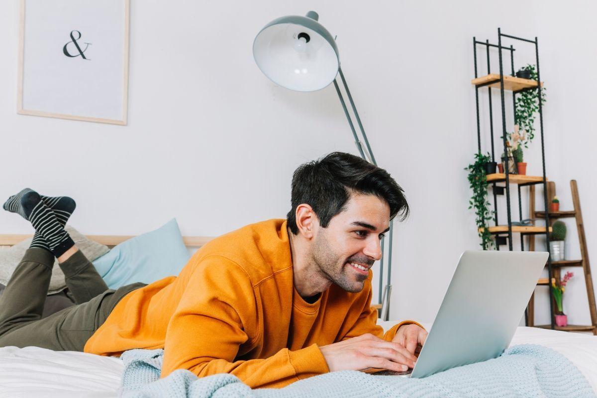 No frenes tu desarrollo: IEBS Garantiza tu educación con la formación online