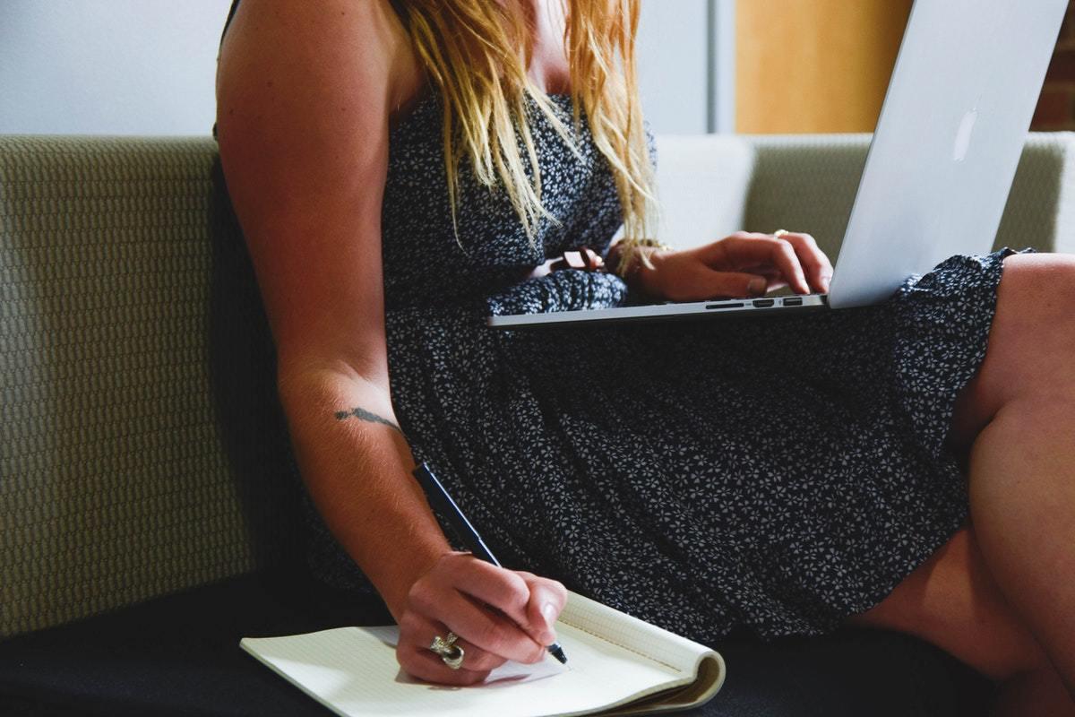 Descubre los mejores cursos online para el verano 2020