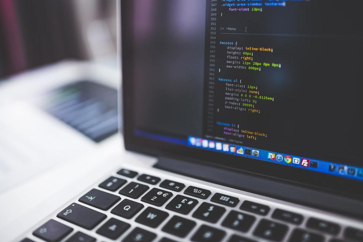 ¿Qué es Data Engineering? Funciones, requisitos y salario