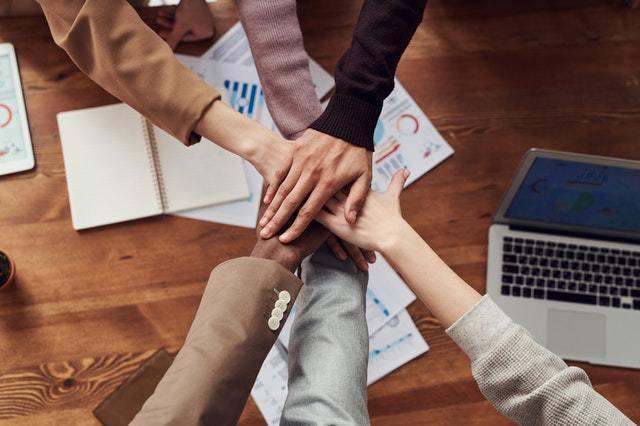 Habilidades de trabajo en equipo, ¿Cuáles son y cómo potenciarlas?