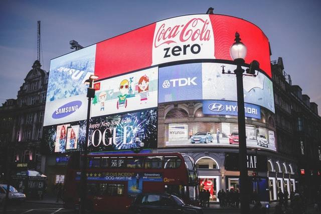 Qué es el Outbound Marketing: definición, beneficios y ejemplos