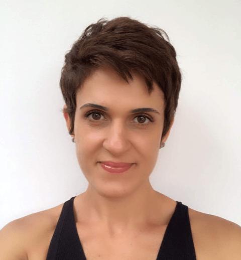 Entrevista: Thaís Guimarães, professora da IEBS