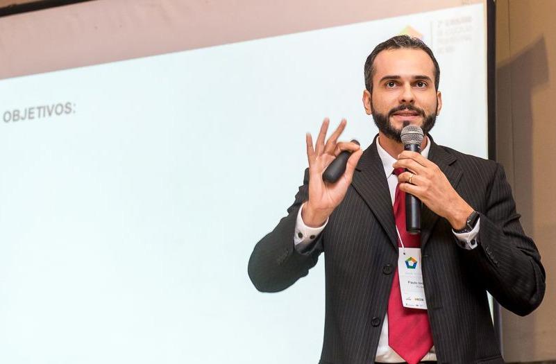 Entrevista: Paulo Imbuzeiro, professor da IEBS