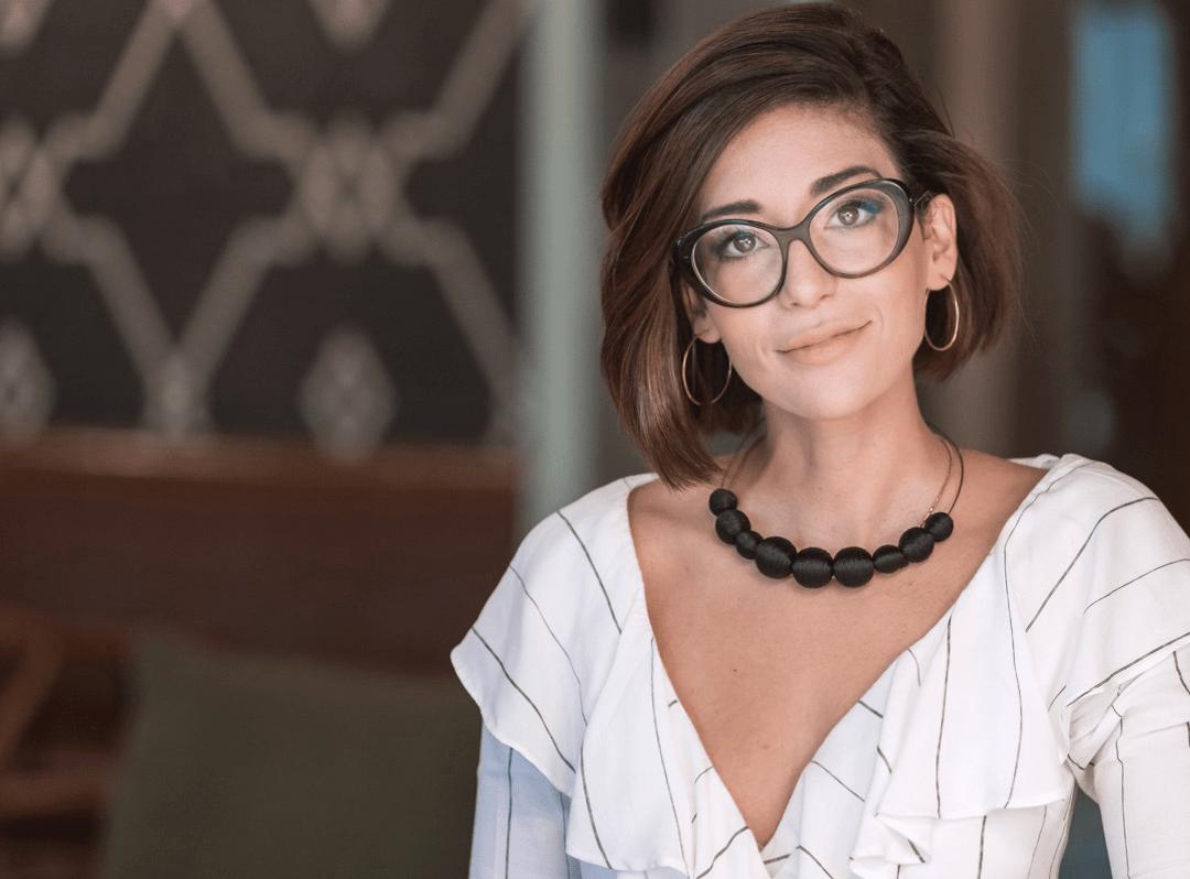 Entrevista: Júnia Braga, professora da IEBS